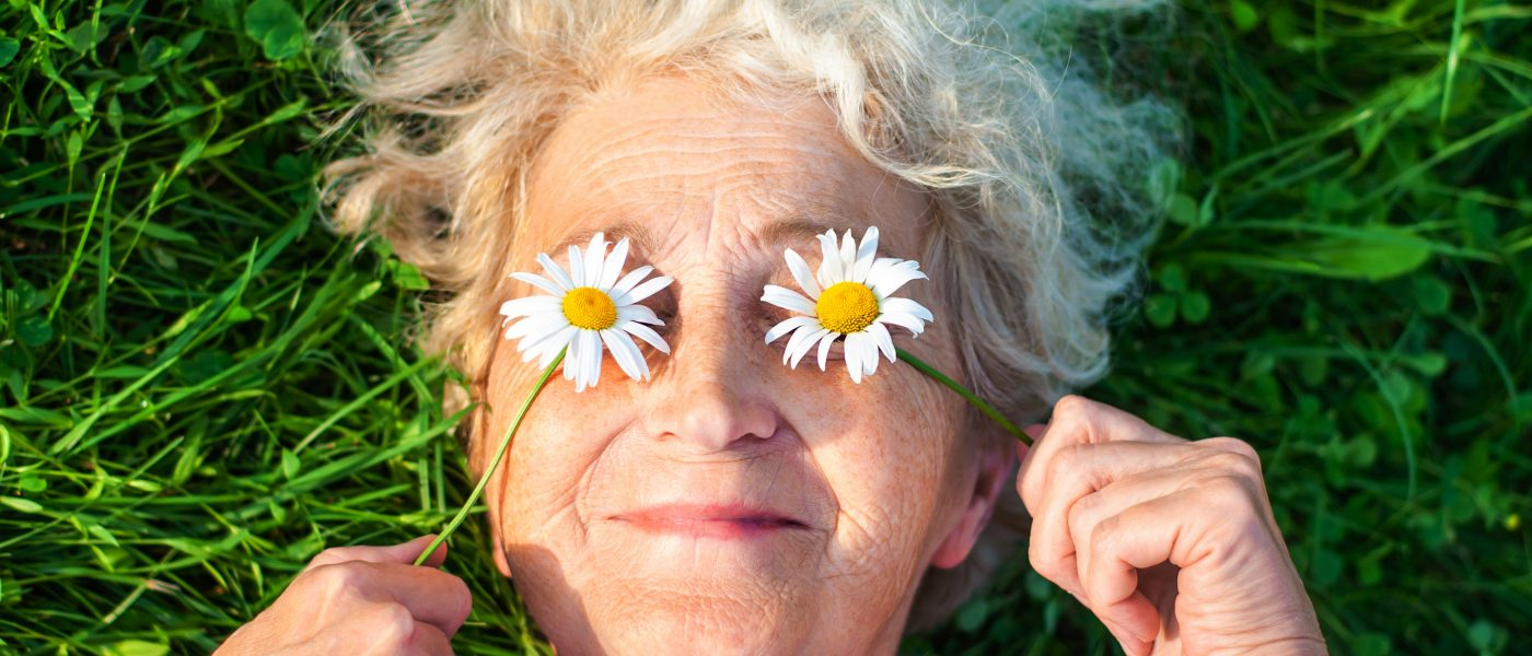 4 Healthy Skincare Habits For Aging